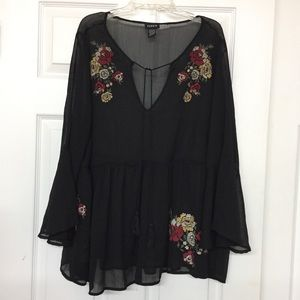 Torrid sheer blk baby-doll top embroidered flowers